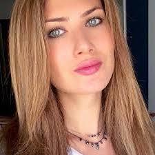 Mireia Lalaguna encantador maquillaje
